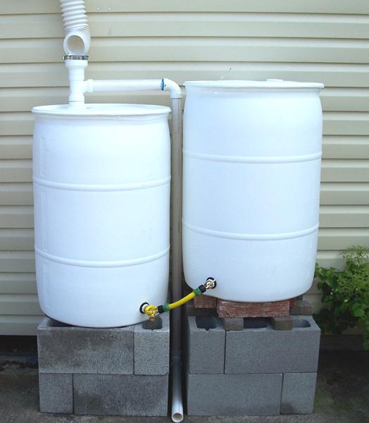 Rain barrels rain water collection plastic rain barrel for Making rain barrel system
